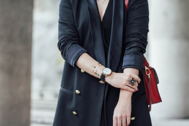 navy blazer and flower ring
