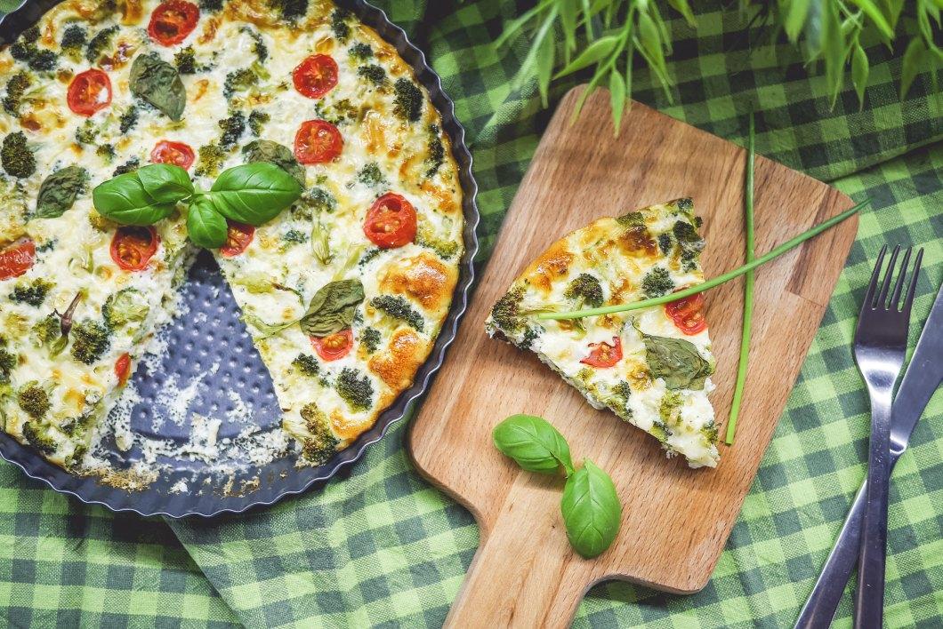 Imagen gratis de una pizza vegetal