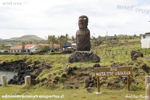 Moai (Ahu Mata Ote Vaikava) - Isla de Pascua