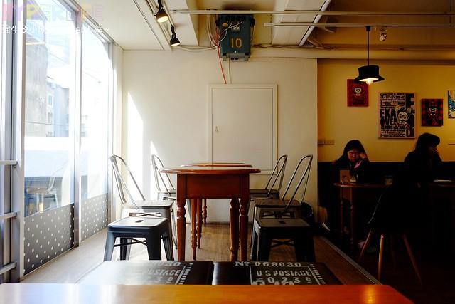 StayReal Café (13)