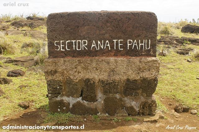 Ana Te Pahu (Cueva de los Plátanos) - Isla de Pascua