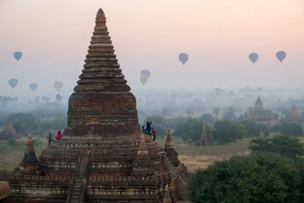 Balloons. Bagan