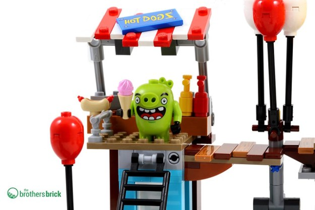 Angry Birds 75824 Review TBB Hot Dog Stand