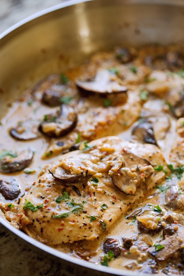 One Skillet Chicken With Garlicky Mushroom Cream Sauce Recipe | Little ...