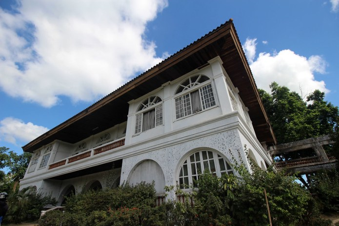 big mansion in the middle of nowhere in Tagaytay