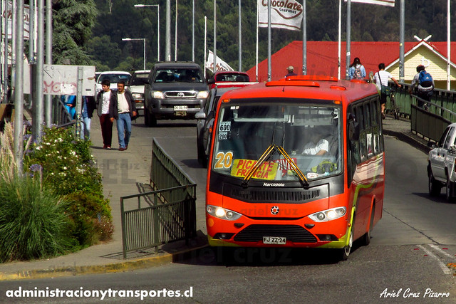 Micro 20 Valdivia - Niebla / Marcopolo Senior - Volkswagen (FJZZ24)