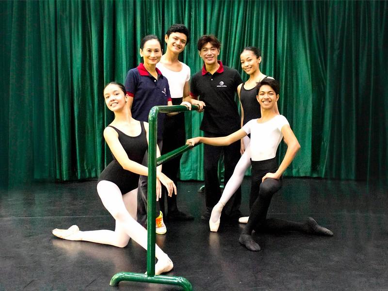 Lisa Macuja Elizalde and Osias Barroso with BM artists Marinette Franco, Joshua Enciso, Nicole Barroso and Alvin Dictado