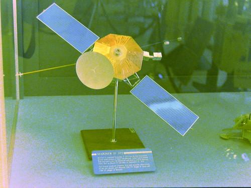 Mariner 10 (1973) model