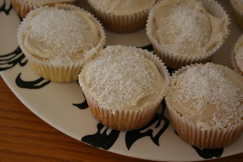 Coconut cupcakes from that Barefoot Contessa