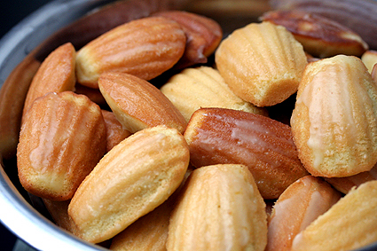 Lemon-Glazed Madeleine Recipe