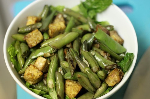 tempeh and bean bowl