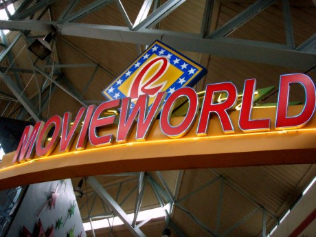 Robinsons Galleria Mandaluyongs Movieworld (Flickr foto by A. Acullado)
