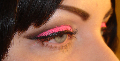 Neon Glitter Eyeshadow Tutorial