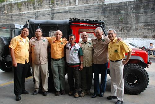 Team Land Rover Philippines Team Picture