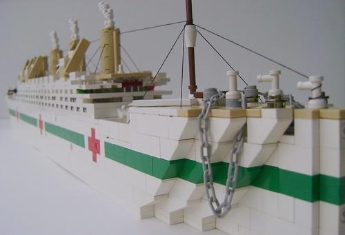Microscale LEGO HMHS Britannic