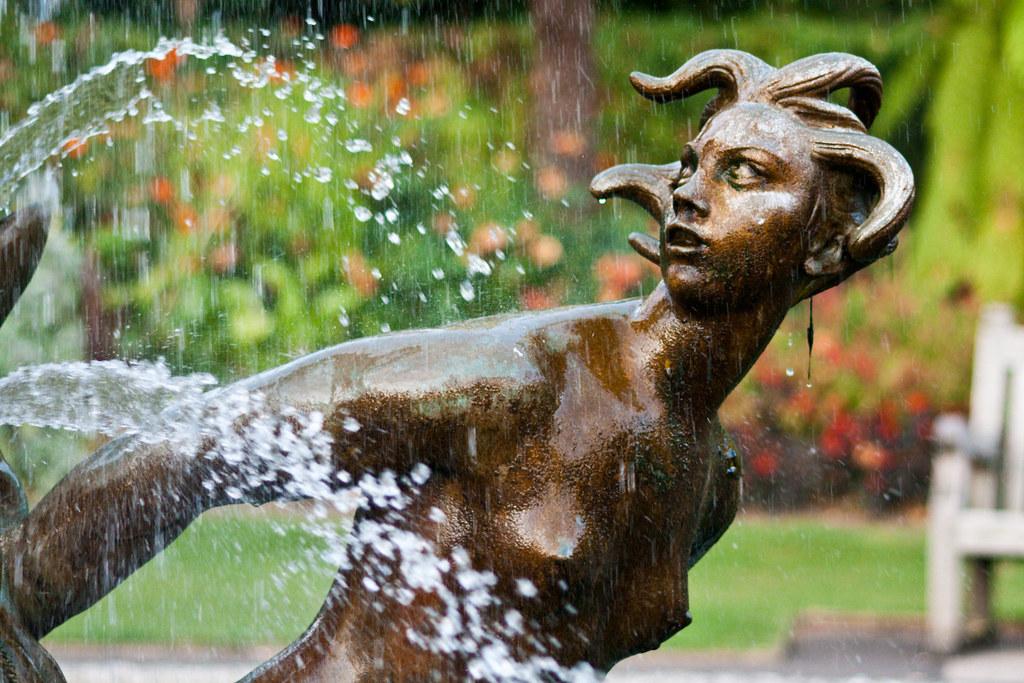Regent's Park Fountain 03