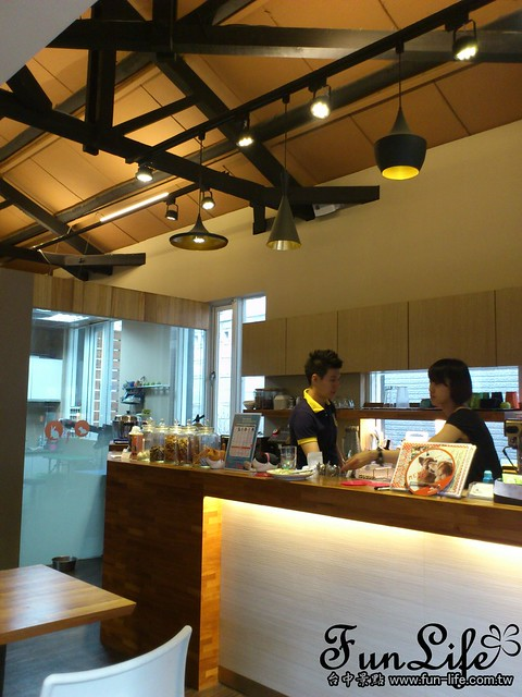 台中咖啡館>台中寵物咖啡館-Sunshine Cafe館內