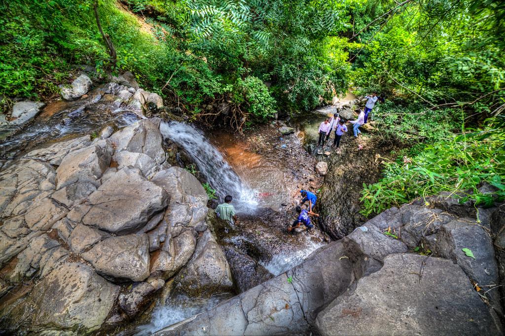 Mini waterfall, at the Lonar lake