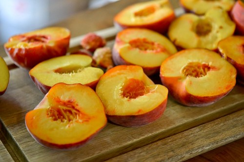 Cheesecake-Stuffed Peaches-2