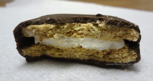 Keebler S'mores Original Sandwich Cookies Innards