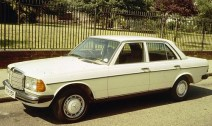800px-Mercedes_Benz_W123_Sedan
