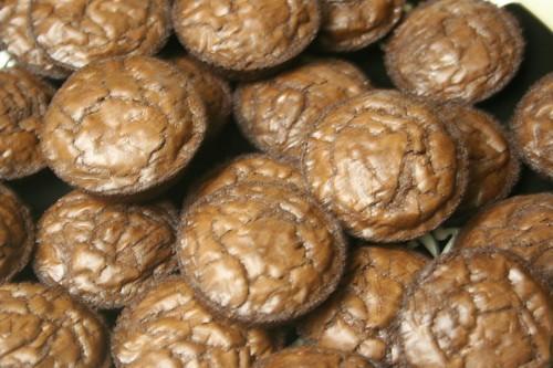Voila -- brownies for tomorrow's fiesta