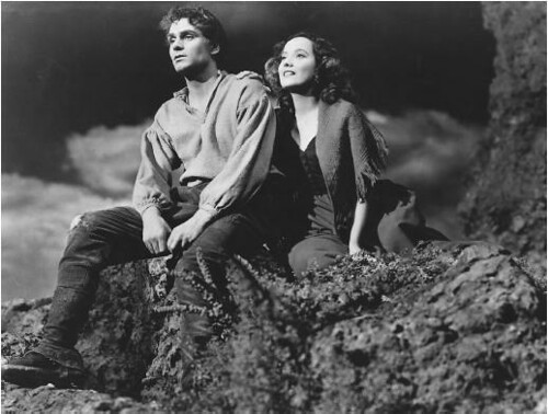 Laurence Olivier & Merle Oberon in Wuthering Heights (1939)