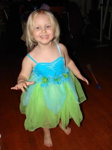 The little ballerina advances
