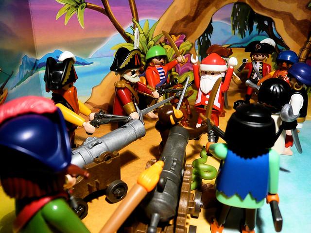 Santa Vs. The Pirates // Père Noël contre les Pirates