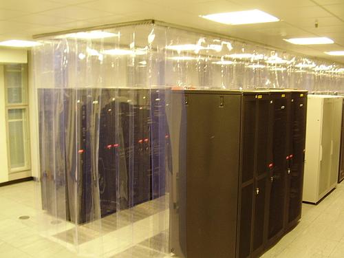 cloison pour allées froide dans datacenter