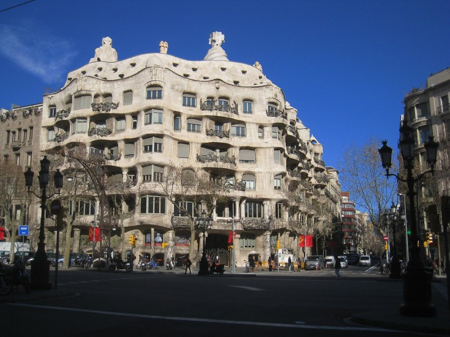 "antoni gaudi casa mila essay Gaudí""s design of the sagrada familia, casa milá, parque güell, and his other buildings have had a lasting works and the culture, nature, and history of barcelona now includes antonio gaudí because of the impact his when engaged on this unfinished work, which was a summary of all his architectural vicissitudes."