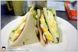 [西餐]三明治類  馬鈴薯沙拉&火腿三明治
