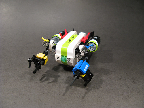 LEGO underwater construction bot