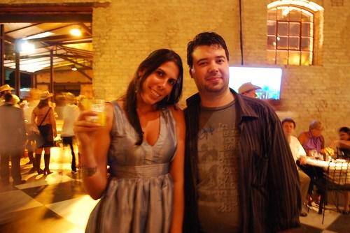 Julia Reis e Marcelo (Pergunte ao Urso) foto: Caio Novaes
