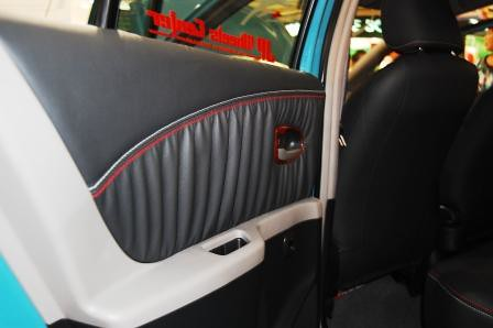 Toyota Yaris by Leather Plus Rear Door