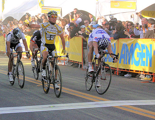 Mark Cavendish & Tom Boonen cross the finish in Clovis Amgen Tour of California