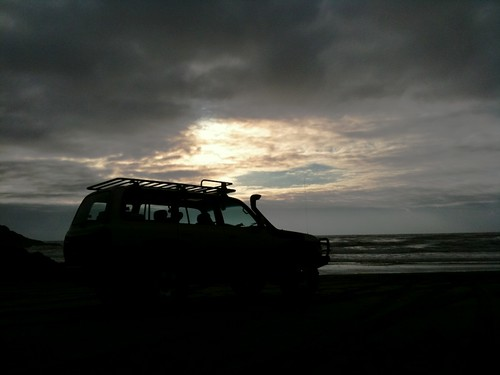 Toyota Land Cruiser Sunset Silhoutte