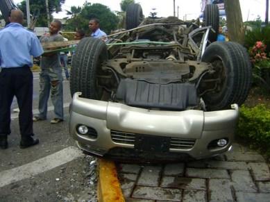 Accidente en la 27 de Feb. Santiago (Amet_Lacena)