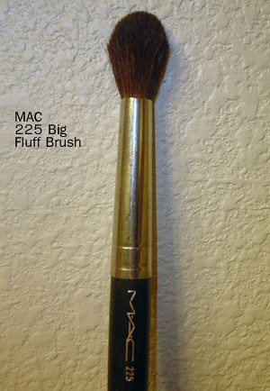 MAC 225 Brush