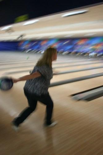9 months pregant, she bowls!