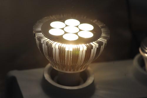 Lumiselect PAR-30 lightbulb (on)