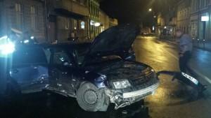 FOTO VIDEO Accident azi-noapte în Centrul Brașovului
