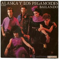 Alaska y los Pegamoides—Bailando