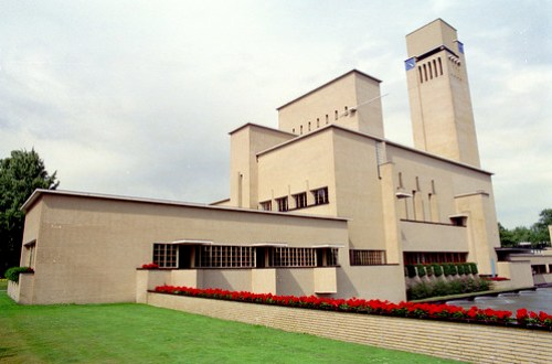 hilversum - dudok town hall 01