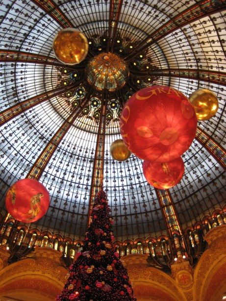 Galeries Lafayette, Paris, France - by Sigfús Þ. Sigmundsson, city Xmas decorations - HHH challenge