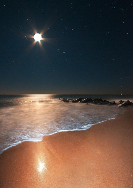 Moonshine, Orion Rising on Vilano Beach With Notes por James Watkins