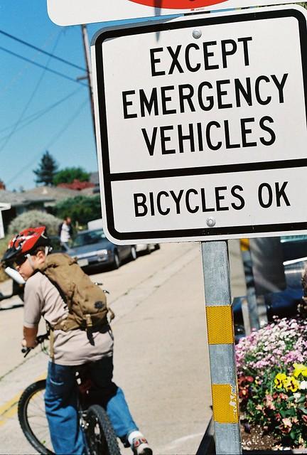 Do Not Enter Bicycles OK