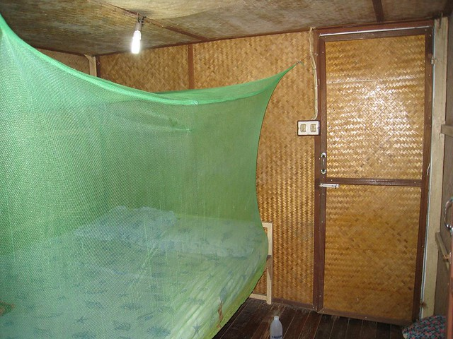 Mosquito netting on Koh Phi Phi (Thailand)