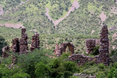 bhangarh fort | explore shahnawaz sid's photos on flickr