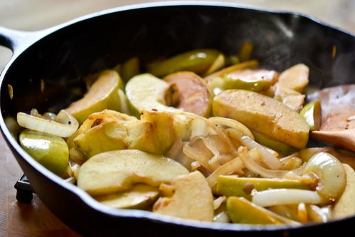 Skillet Pork Chops with Apples & Onions-4